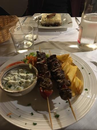 Picture of ristorante greco akropolis milan for Akropolis greek cuisine merrillville in