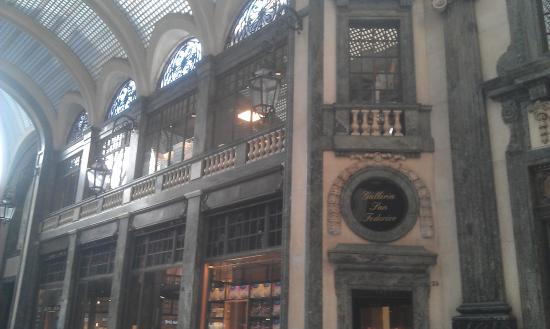La Credenza Torino Galleria San Federico : Quintessenza dell eleganza a torino recensioni su galleria san