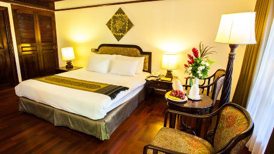 Felix River Kwai Resort - Kanchanaburi : Deluxe River View Room with Double bed