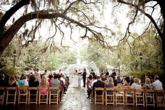 Forsyth Park Wedding In Front Of The Fountain