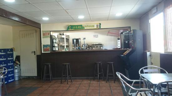 La Hora Joven Bar Restaurante terraza