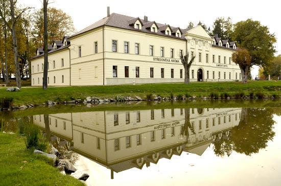 Kamenny dvur castle