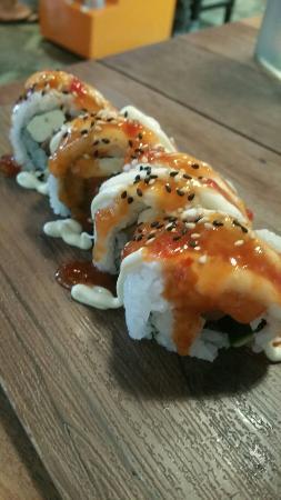 Mr Munchies: Smoked salmon sushi