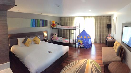 Family Room Семейный номер Picture Of Novotel Phuket Karon - Novotel family rooms