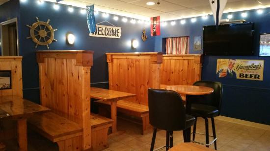 Sodus Point, estado de Nueva York: The Coop Deck