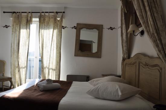 Hostellerie a la Ville de Lyon Bild