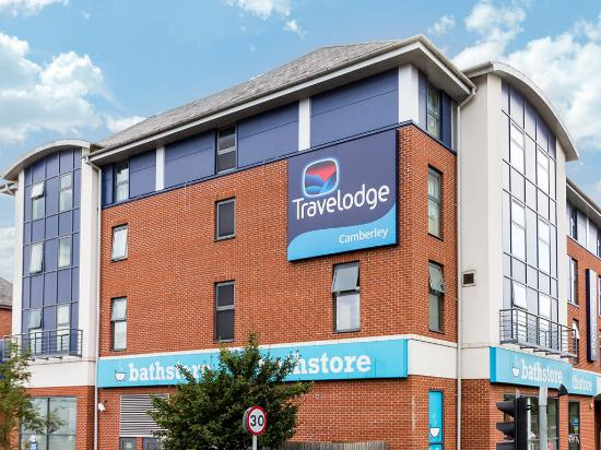 Travelodge Camberley: Camberley - Exterior