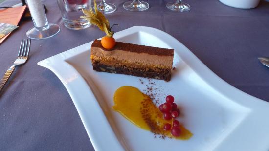 Pezilla-la-Riviere, فرنسا: velour de chocolat praliné marmelade d'orange