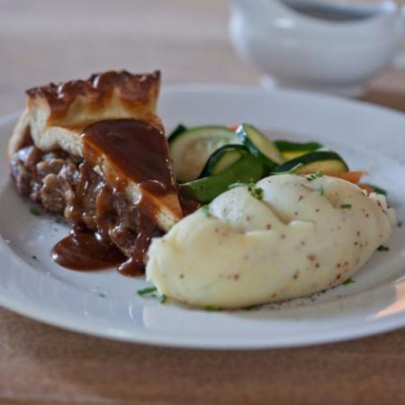 Wittersham, UK: Steak and ale Pie