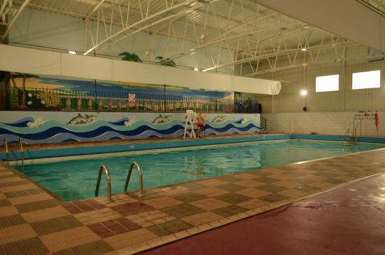 Swimming Pool Picture Of Pontins Sand Bay Holiday Park Kewstoke Tripadvisor
