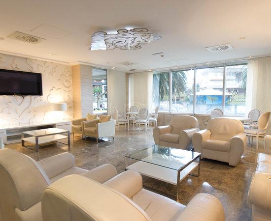 Santemar hotel santander cantabria opiniones for Habitaciones familiares santander