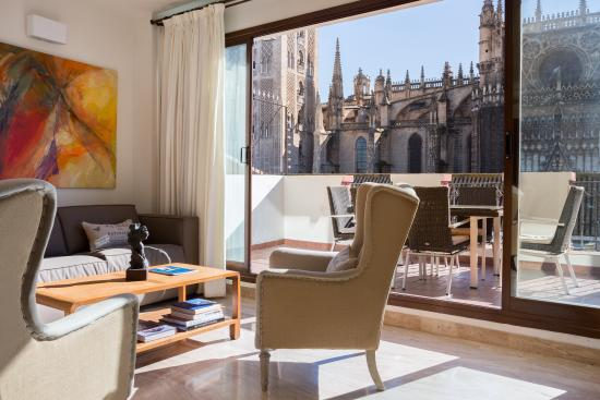 Photo of Puerta Catedral Apartments Seville