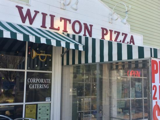 Jazzeria Wilton Pizza: Outdoor Patio Open During Warm Weather!