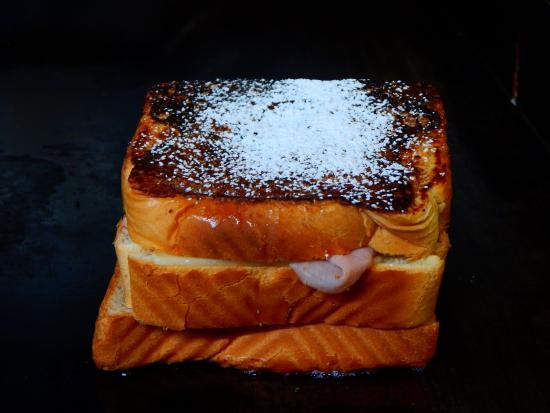 The Sandwich Shoppe: Caramel French Toast Club