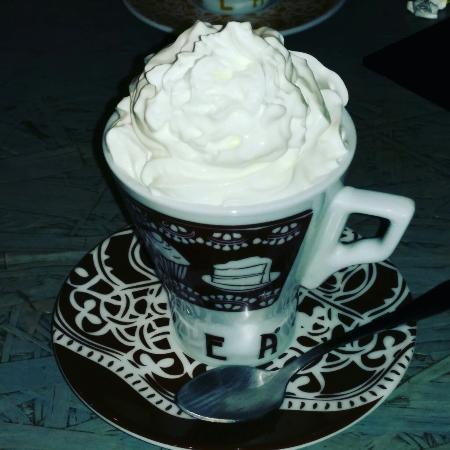Marilyn Cafe'