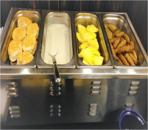 Days Inn & Suites Mineral Wells: Hot Breakfast Items