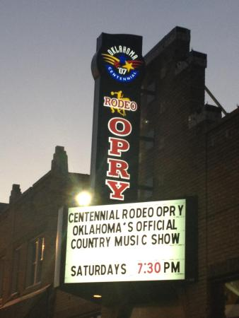 Oklahoma Opry : Over 35 years of the best in family-friendly, live music!