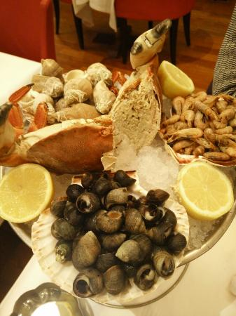 Plateau De Fruits De Mer Picture Of Lalsace A Table Strasbourg