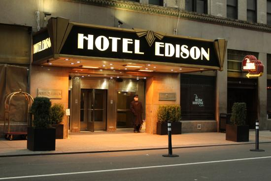 Banheiro - Picture of Hotel Edison Times Square, New York City - TripAdvisor