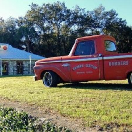 Burger Station: The owners ride!