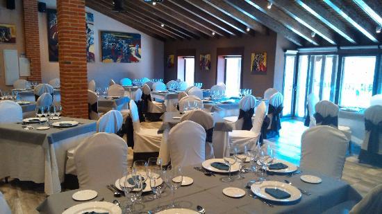 San Martin del Castanar, Spain: Restaurante Versos