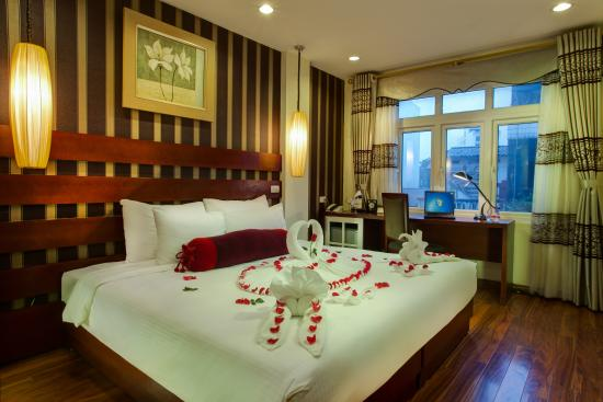 Hanoi art boutique hotel updated 2017 specialty hotel for Best boutique hotels for honeymoon