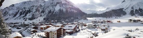 Hotel Bellevue: View from balcony bedroom
