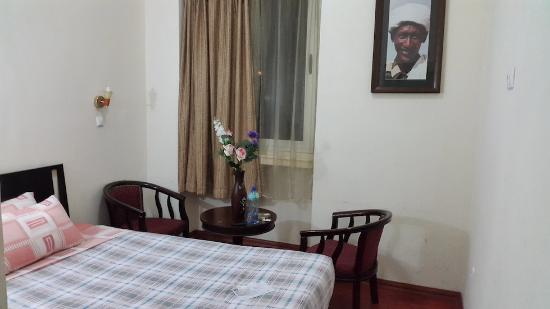 Harar Ras Hotel: Small, basic, clean. What you see is what you get.