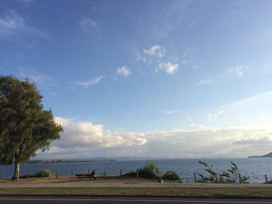 Bay Court Lakefront Motel: photo0.jpg