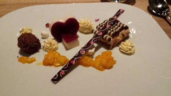 Schwiizer Stube: Dessert Valentinstag