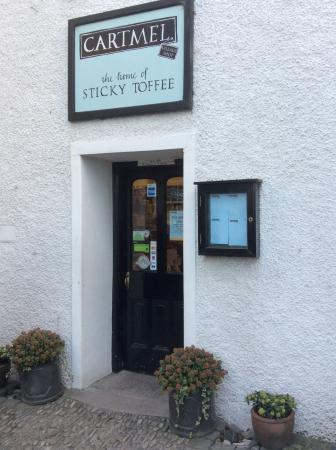 Cartmel Village Shop: Oh SO much more than a hole in the wall