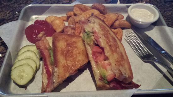Bj S Restaurant Brewhouse Bacon Avocado And Tomato Grilled Cheese With Endless