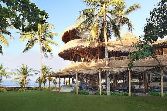 Azul Beach Club Lawn Ocean View