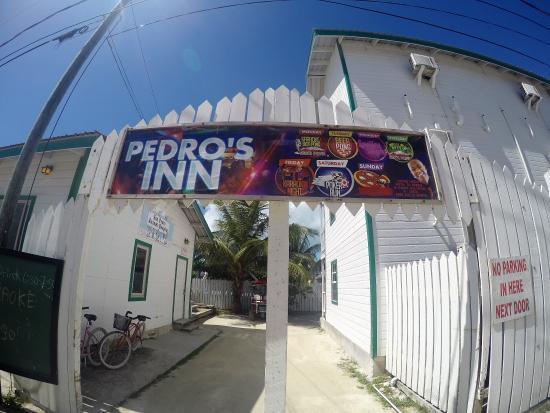 Pedro's Hotel: Pedro Entrance