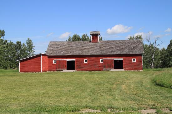 Bar U Ranch National Historic Site: This barn is one of the out buildings at the Bar-U Ranch