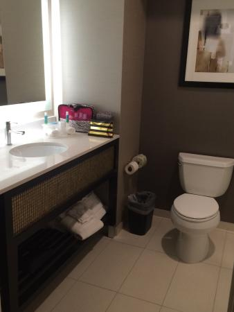 enchanted suite with 2 queen beds picture of holiday inn express rh tripadvisor ca