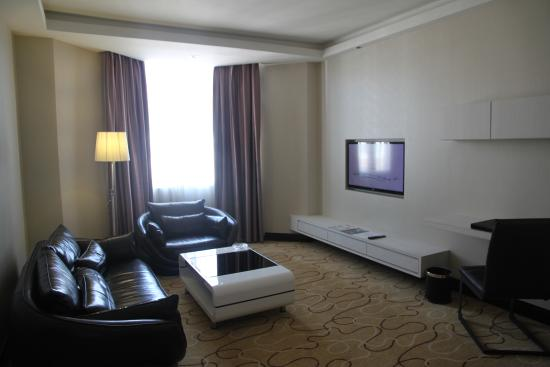 프로메나드 호텔