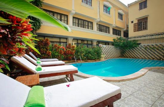 Hai Au Boutique hotel and spa : Swimming Pool