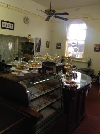 Palm Court Cafe Mannum SA: Cafe area