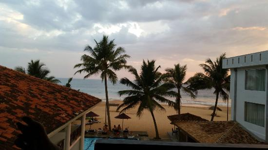 Ranmal Beach Hotel : photo0.jpg