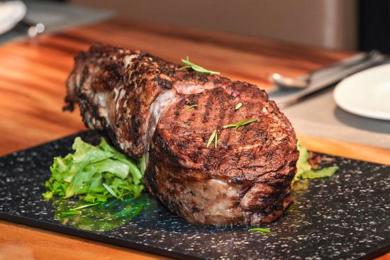 Limoncello Pizza and Grill: Tomahawk Wagyu