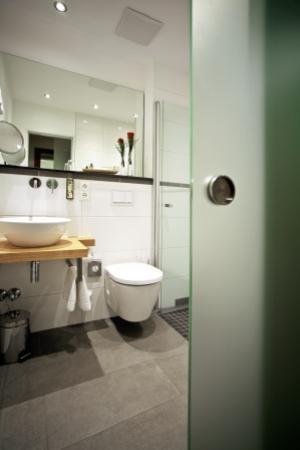 Badezimmer Neu - Bild Von President Hotel, Bonn - Tripadvisor Neu Badezimmer