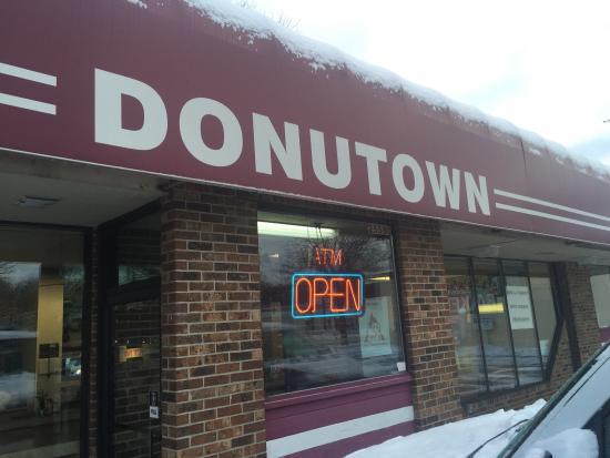 Redford, MI: Donutown