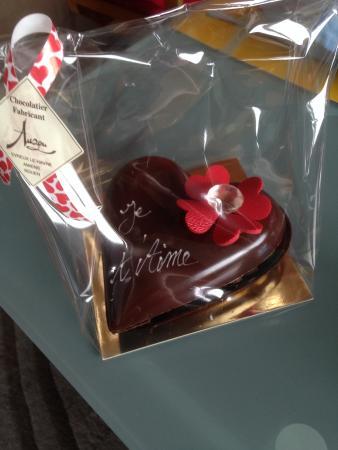 Coeur En Chocolat Garni Pour La St Valentin Picture Of