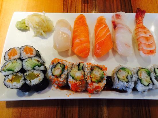 Tokyo Sushi Bar: photo0.jpg