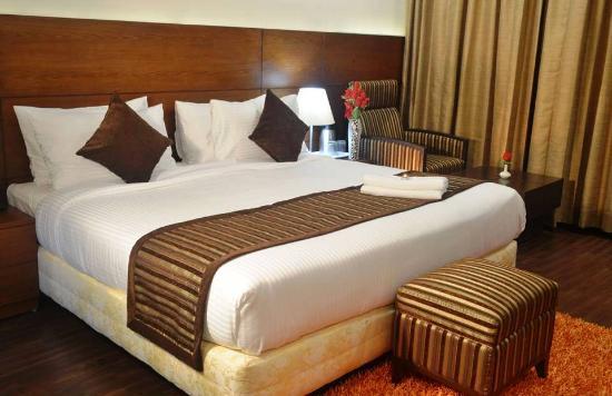 I-Square Hotel