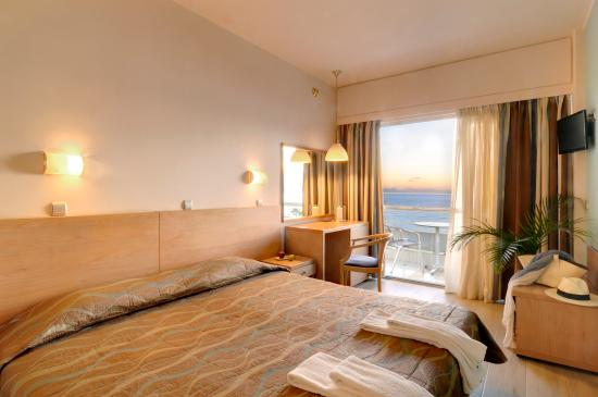 Athens Poseidon Hotel: Sea View Double Room