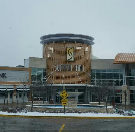 Summit Mall Stores >> Summit Mall Picture Of Summit Mall Fairlawn Tripadvisor