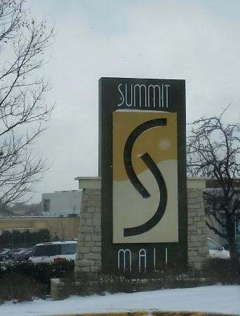 Summit Mall Stores >> 20160302 093624 1 Large Jpg Picture Of Summit Mall