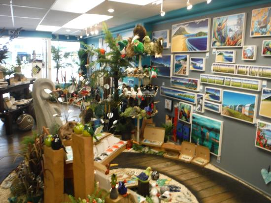 the best new zealand gift shop review of pohutukawa gallery rh tripadvisor co nz